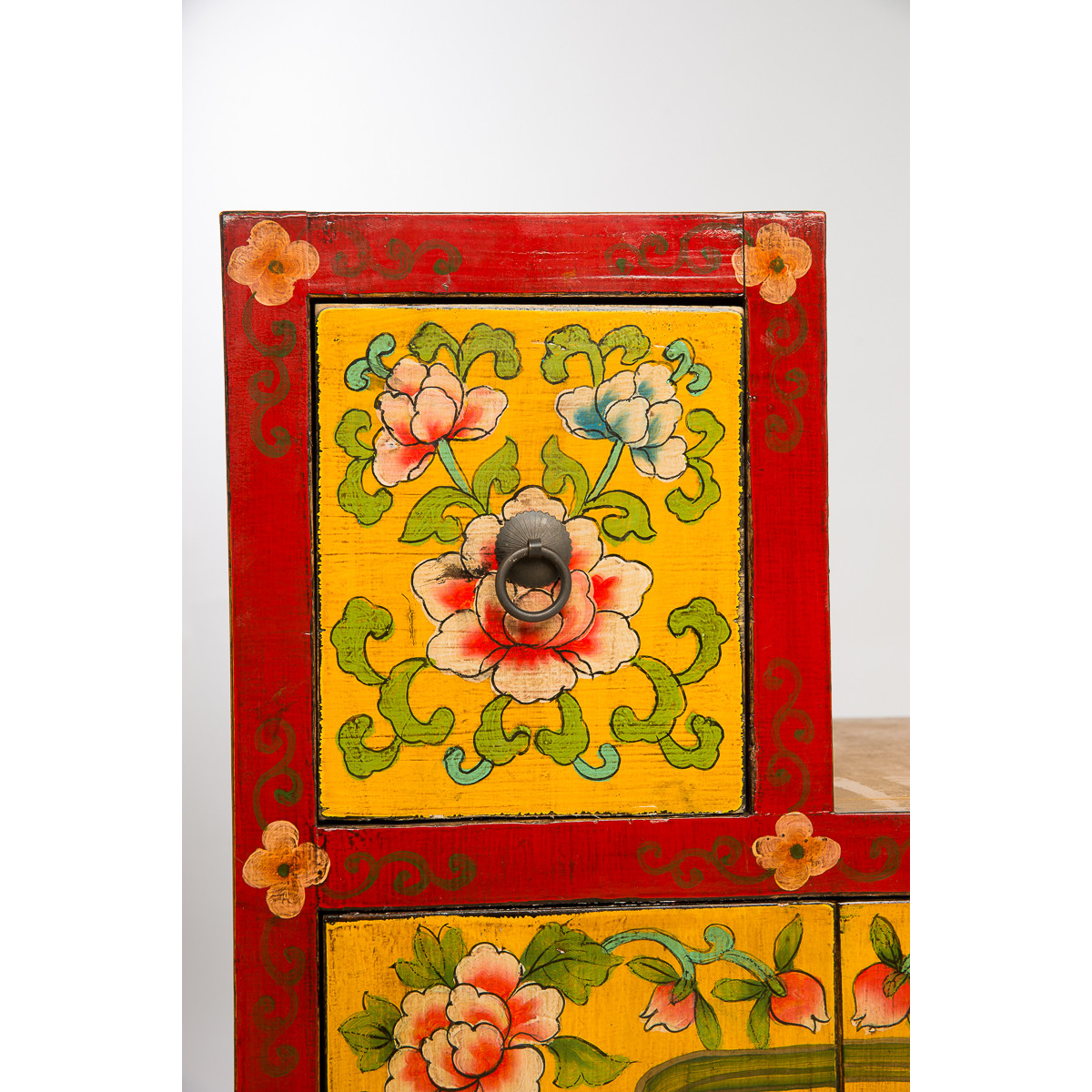 BF-20172 Чети-сиэ-семпу - тибетский комод для обуви.