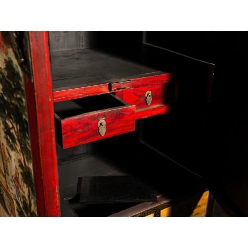 BF-21173 Гуй- традиционный шкаф, с росписью пейзажными мотивами по светлому фону. Династия Цин