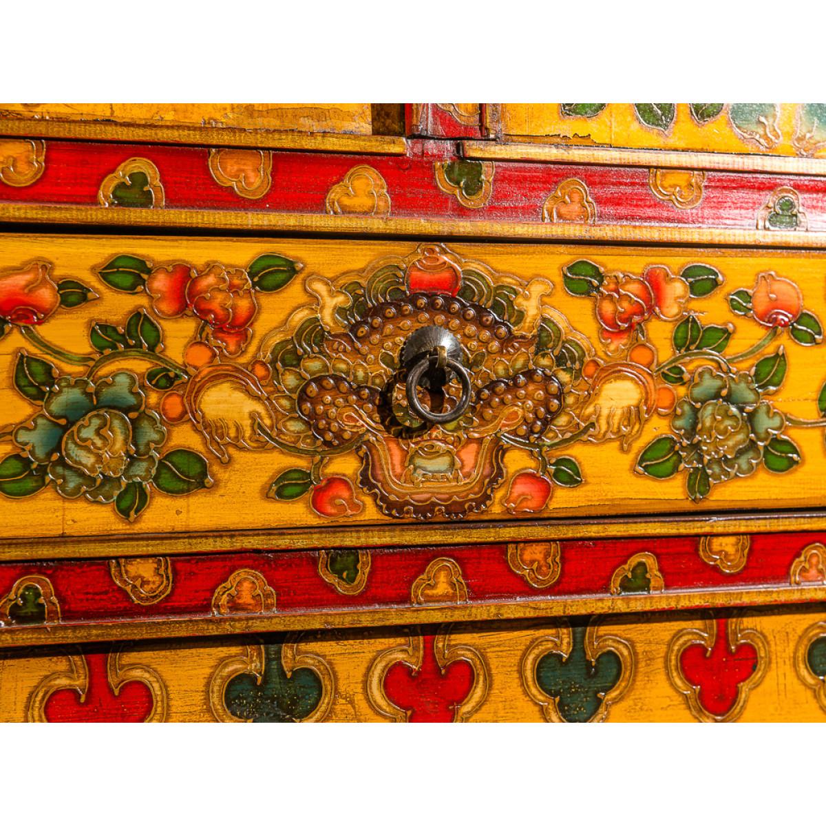 BF-20512 Сундук с драконом. Тибет. Рубеж XIX вв.