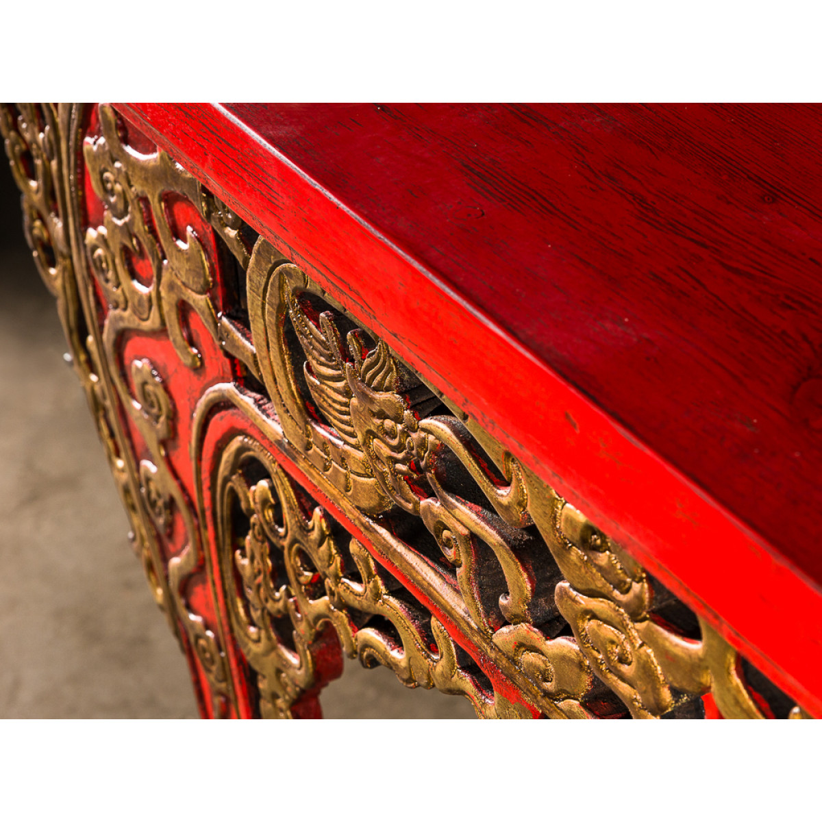 BF-20308 Цяотоуань-кунчи – выставочный стол с приподнятыми торгами.